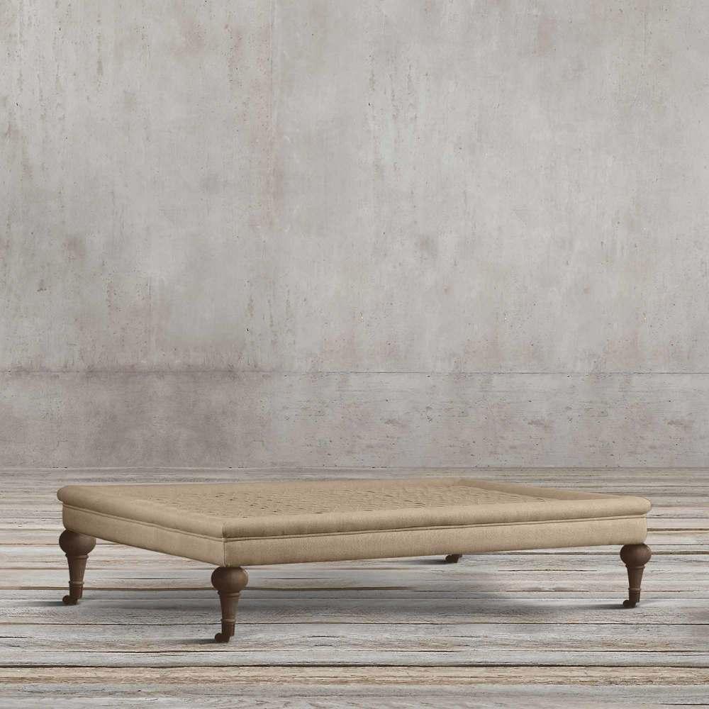 میز جلو مبلی مربعی پارچه ای طرح قرون وسطی تولیکا مدل ورتا