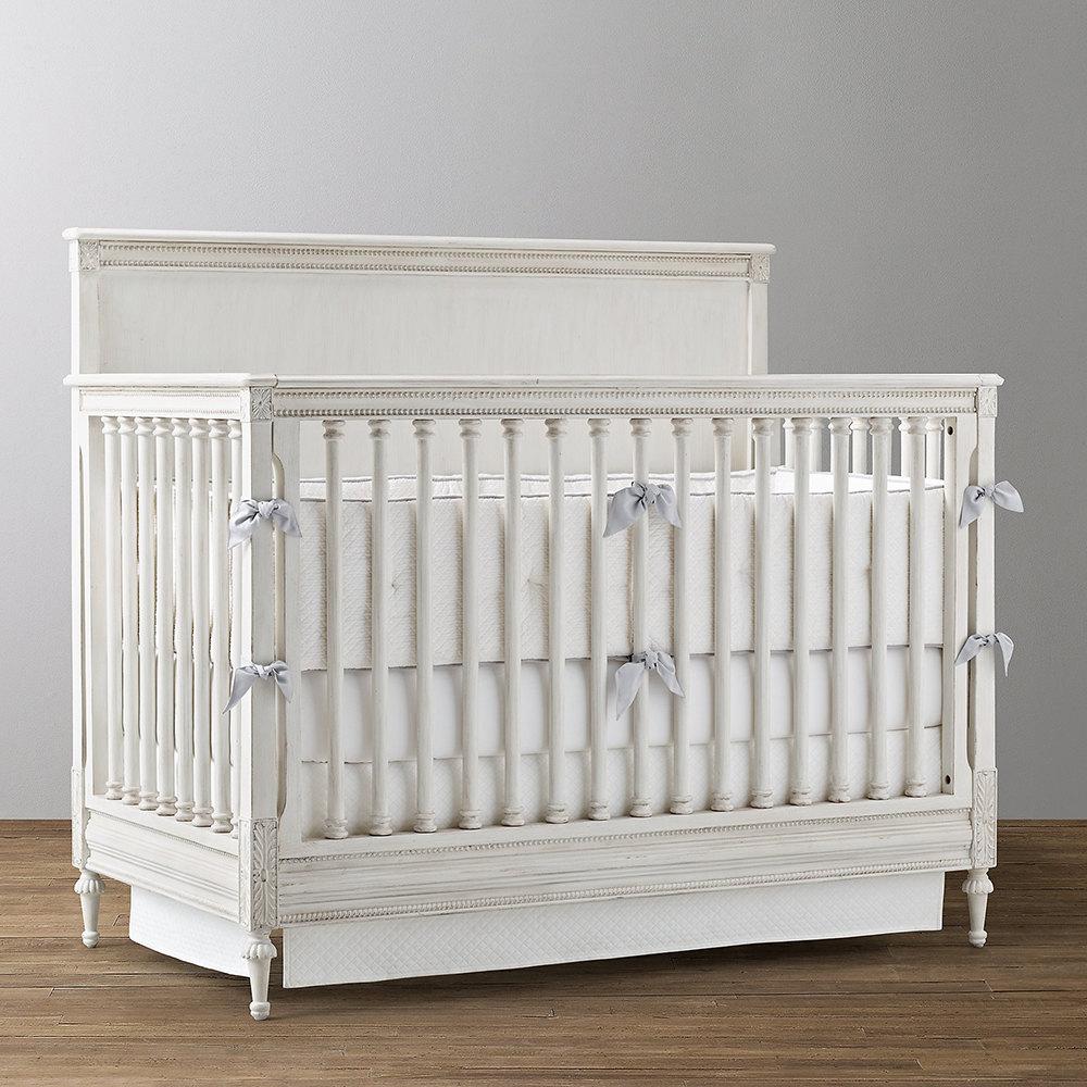 تخت خواب نوزاد A&M مدل بلینا