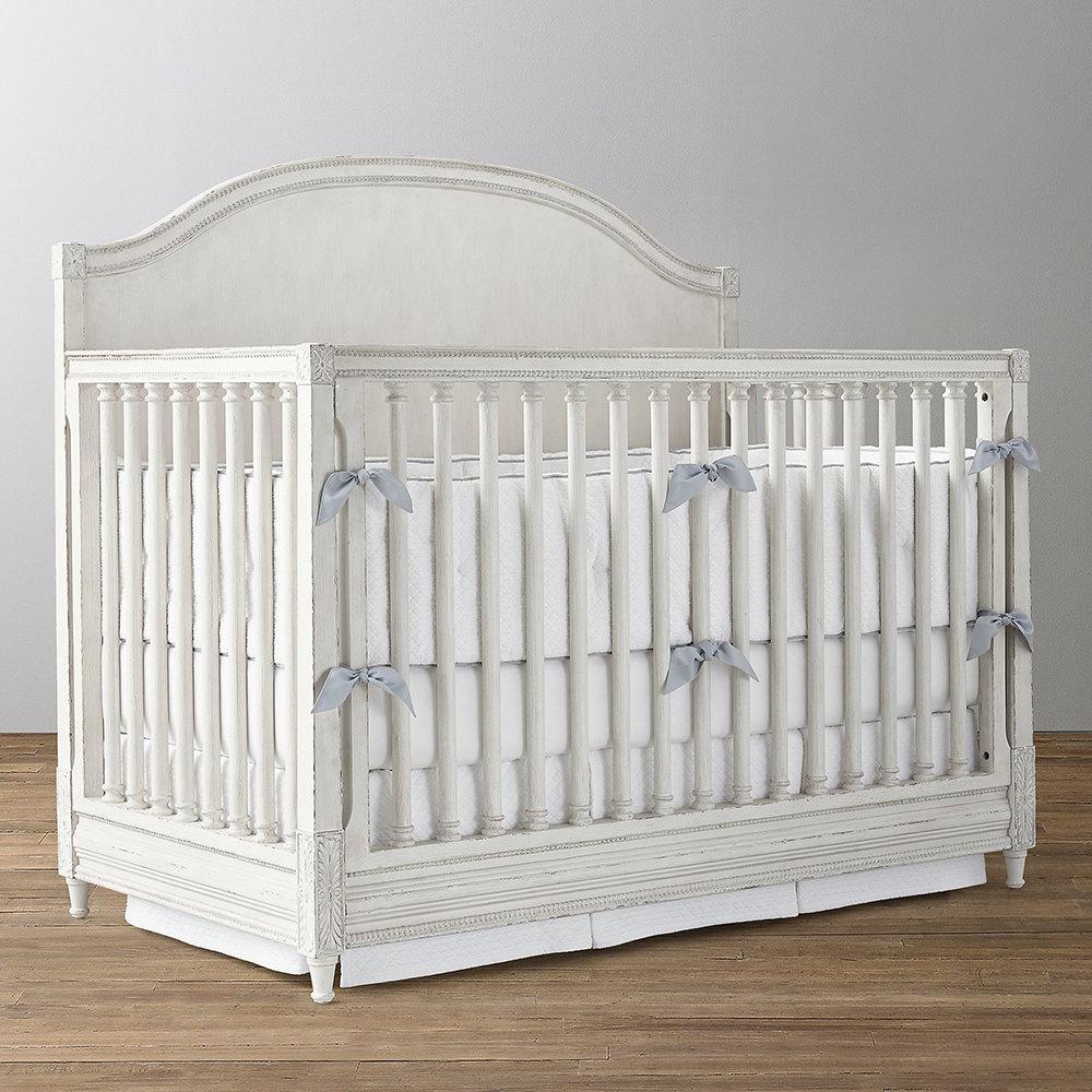 تخت خواب نوزاد منحنی A&M مدل بلینا